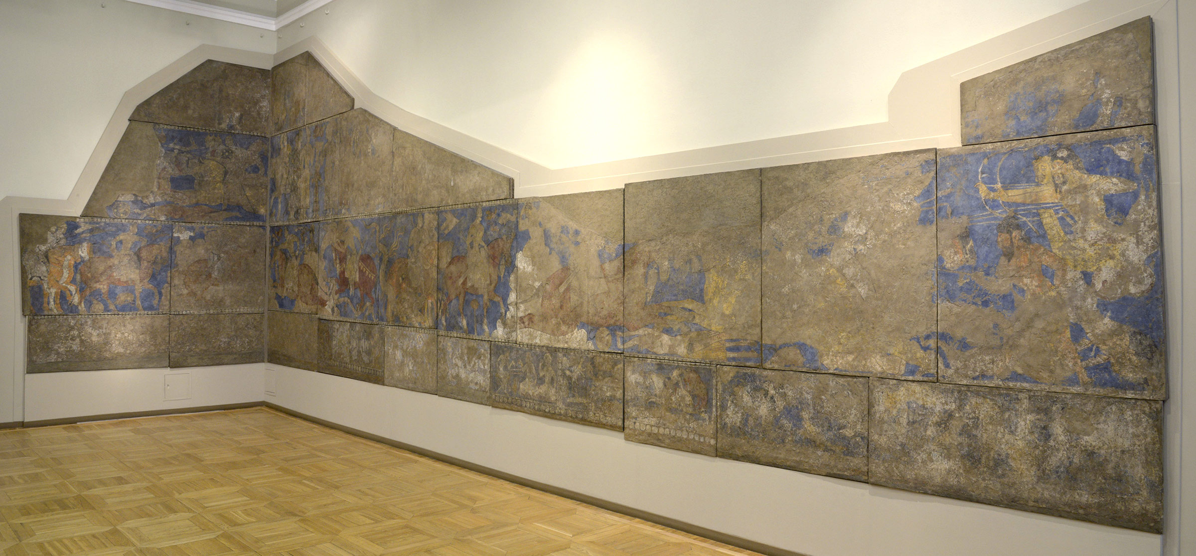 L-shaped wall paintings on display as on display in the Hermitage Museum