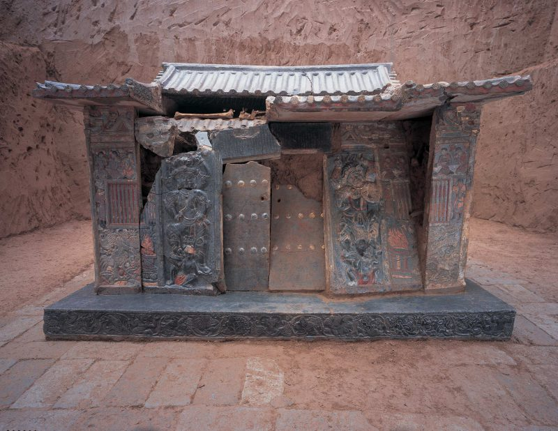 Shi Jun (Wirkak) and Wiyusi were two prominent Sogdians in China. They commissioned this elaborate sarcophagus for their tomb.